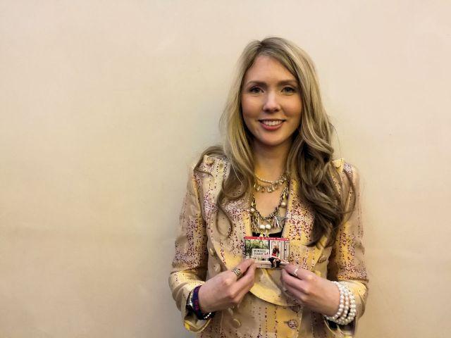 Cantora Beatie Wolfe usa NFC para aproximar a sua música aos seus fãs